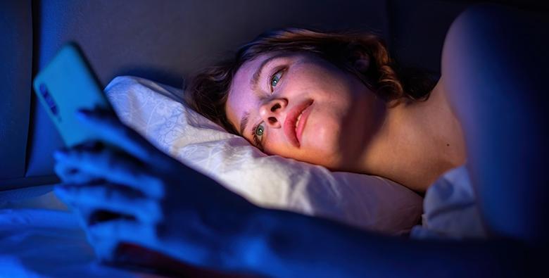 Evitare smartphone a letto